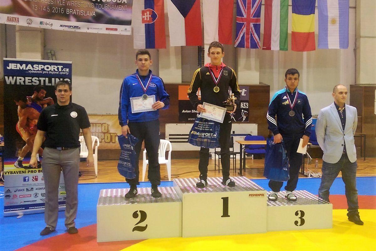 Internationales Turnier in Bratislava