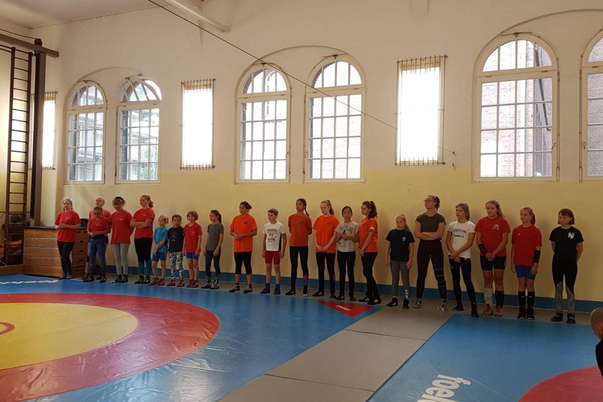 KaRi-Lehrgang und gemeinsames Training der Berliner Ringerinnen